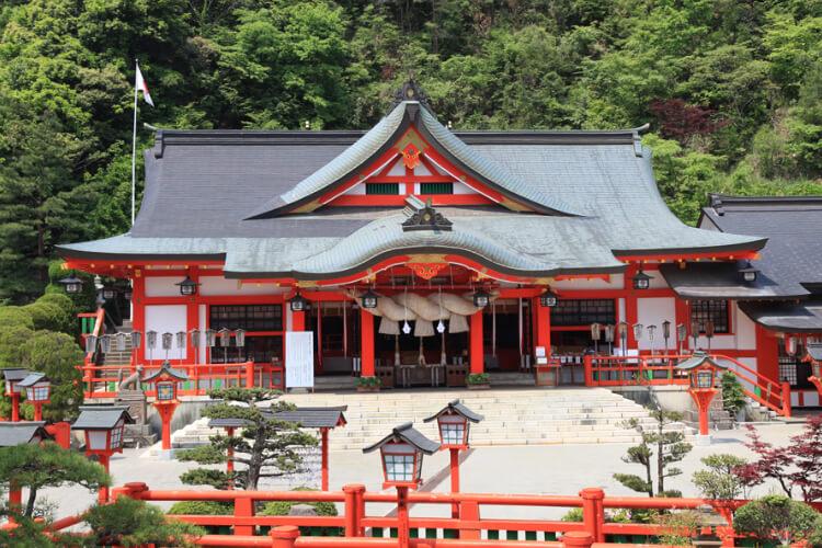 太皷谷稲成神社外観